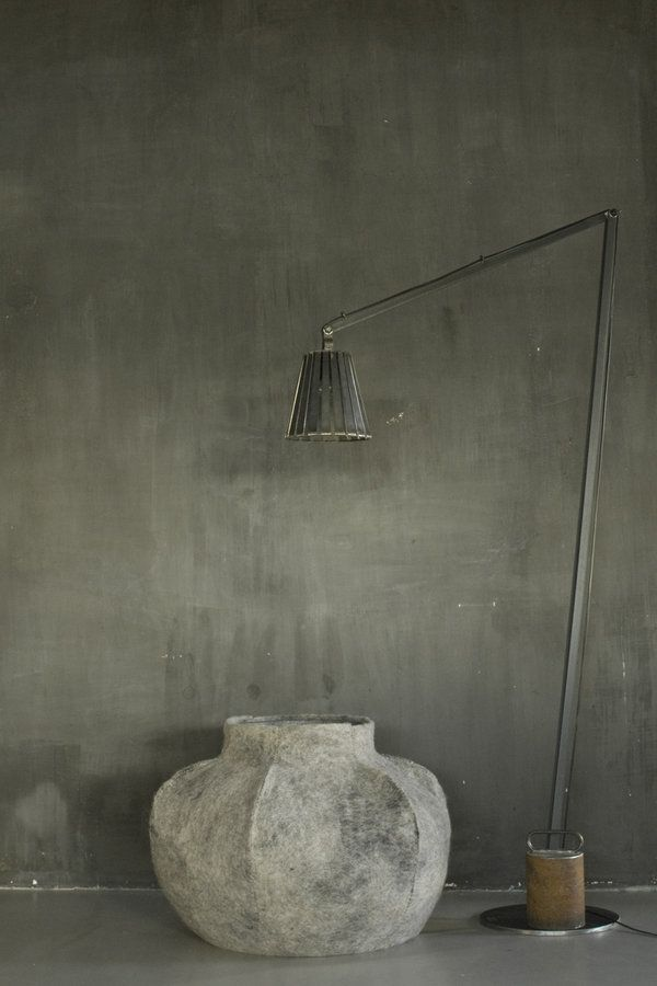Lamp en vaas van Poetry world / Paula Leen @ YOTH