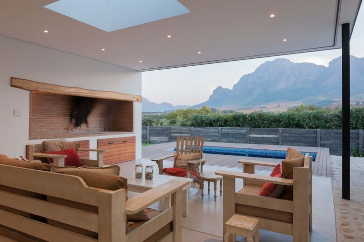 Winemakers-house-patio-area-1.jpg (3700×2462)