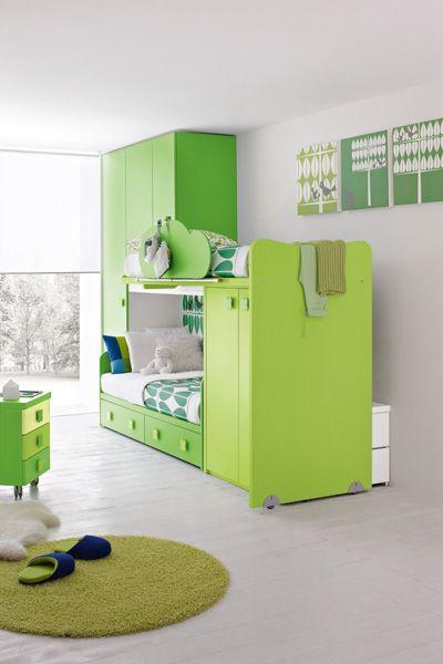 Детская спальня в свежих оттенках зелени по проекту Stemik Living