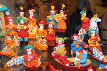 Dymkovo toy. The name of this folk art is associated with the village Dymkovskaya settlement, on the outskirts of the ancient Russian town Khlynov (later Vyatka, now Kirov).