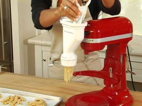 Dear Santa.... Kitchen Aid Pasta Press Attachement    The product featured in this video can be purchased at Williams-Sonoma:   http://www.williams-sonoma.com/products/kitchenaid-pasta-press-attachment/