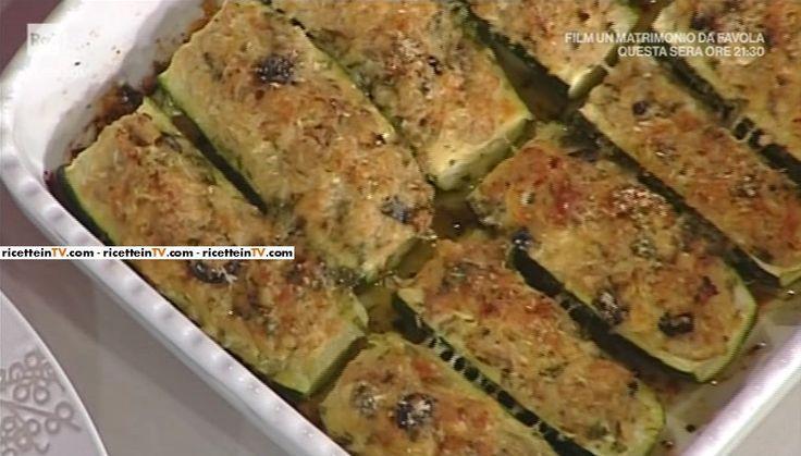"""La ricetta delle zucchine ripiene di tonno di Anna Moroni del 3 maggio 2017, a """"La prova del cuoco""""."""