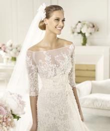 Luxusní krajkové svatební šaty na míru - zvětšit obrázek