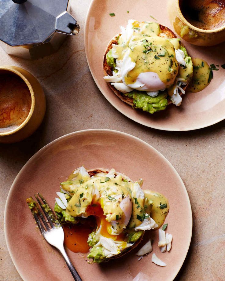 Cold eggs hold their shape better than room-temperature eggs when poaching. If using farm-fresh eggs that have not been refrigerated, chill them for about 1 hour before poaching, if desired.