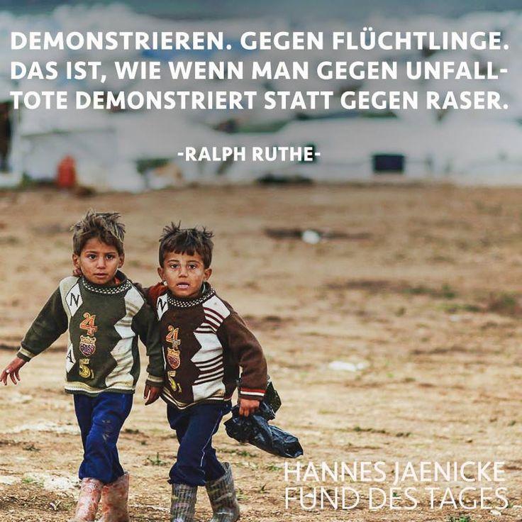 Lieber Gutmensch,die meisten demonstrieren nicht gegen Flüchtlinge,sondern gegen die,die sich nicht verhalten wie Flüchtlinge.