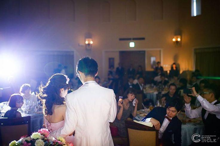 「溢れる想いを伝えます。」* * アルカンシエルベリテ大阪での結婚式撮影* ご両親へのお手紙。たくさんの感謝の想いと一緒にたくさんの涙も溢れます。 * * #結婚式 #結婚式準備 #結婚式diy #結婚式二次会 #ウエディングフォト #フォトウェディング #ウエディングドレス #手紙 #wedding #weddingphotography #weddingdress #bridal #関西プレ花嫁 #ブライダルヘアメイク #関西花嫁 #大阪花嫁 #プレ花嫁 #日本中のプレ花嫁さんと繋がりたい #2016冬婚 #2017春婚 #2017夏婚 #officecircle #osaka
