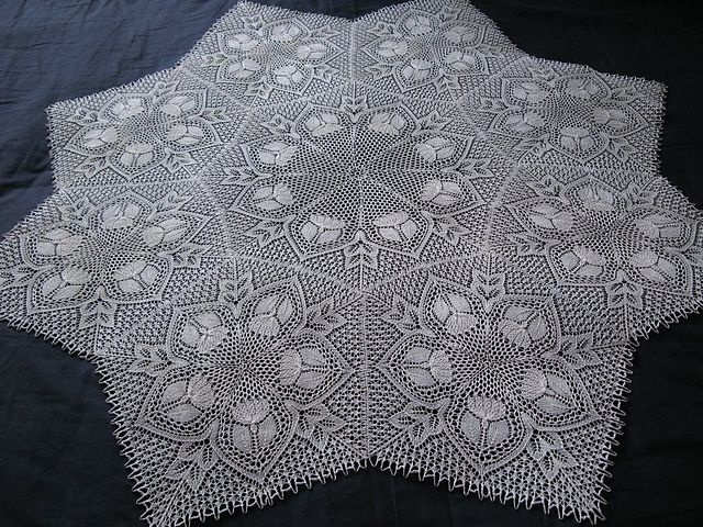 Lace Knitting Pattern Library : Ravelry: Robina pattern by Herbert Niebling Lace ...