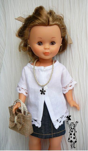 Falda vaquera y blusa de lino para mi muñeca NANCY