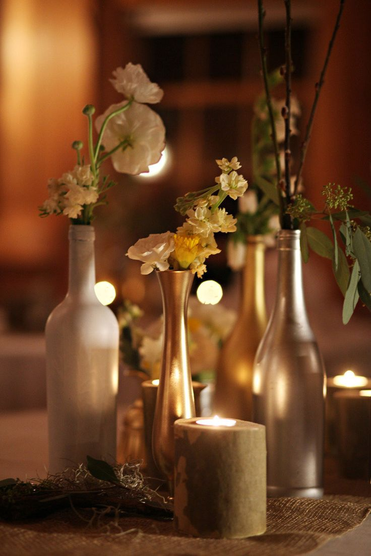 1000 images about centerpieces on pinterest christmas candles crates and wine. Black Bedroom Furniture Sets. Home Design Ideas