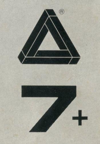 """Pieghevole per la lampada 7 + di Zanotta, (design Theodore Waddel). Sulla prima anta del pieghevole compare il marchio """"Solo Zanotta"""". Progetto grafico: Minale, Tattersfield, Provinciali."""