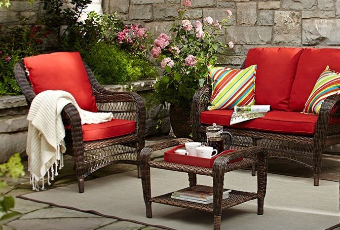 A comfy setting for morning coffee, or nighttime drinks! #MyCANVAS #patio