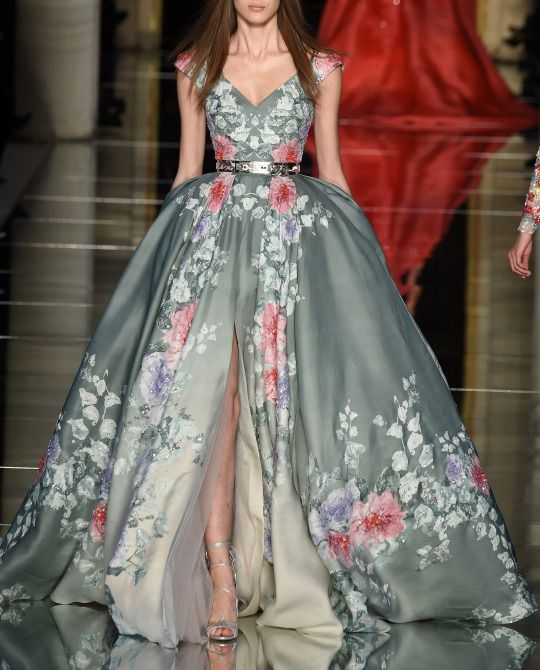 Zuhair Murad Haute Couture Spring 2016 at Paris FW. Wish there was no belt!!!