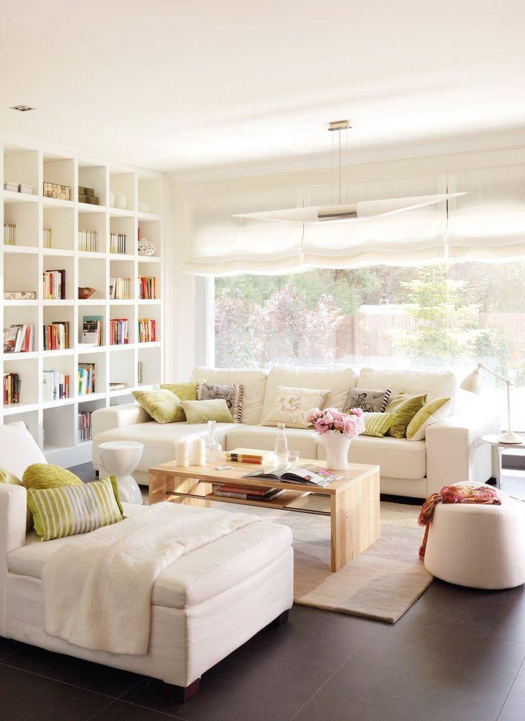 Ordena a fondo  Reorganiza el mueble bar y la librería, y guarda mandos y revistas. Y si quieres que todo esté recogido y que quede bonito, ...