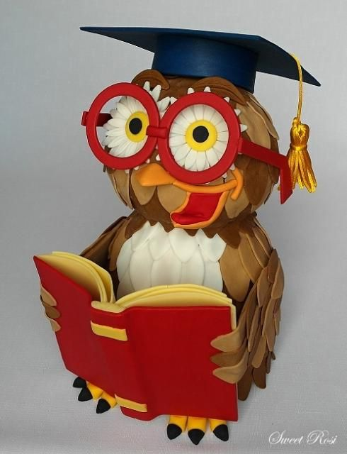 incredible owl cake. Someone make me this when I graduate college :)