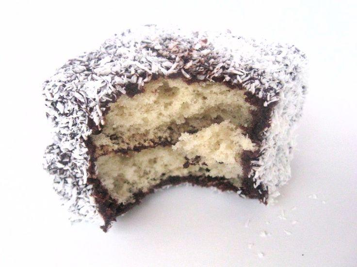 Ďalšie obľúbené recepty: Perníkový podkrovný byt v New York-u Fotorecept | Tvarohový koláč s kakaom Torty, ktoré vám vyrazia dych Jedlé portéty osobností podľa Jolity Kokosovo-čokoládové rezy Ovocný koláč 16 úžasných nápadov ako naaranžovať jedlo na tanieri Malinové muffiny s bielou čokoládou Videonávod | Karamelové dekorácie Umelec kreslí šialene malé obrazy na potraviny DanielaMôj blog:  …  Continue reading →