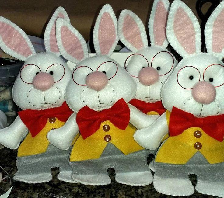 Foto: O coelho de alice finalizado