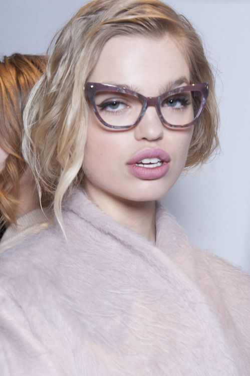4778e873b Pin by Jean Giordano on Fashion ~ Accesories | Max mara, Eyewear trends,  Cat eye glasses