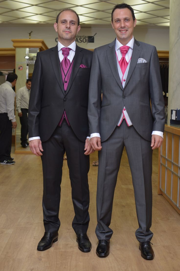Trajes de novio negro/gris.  http://www.sastreriacampfaso.es/