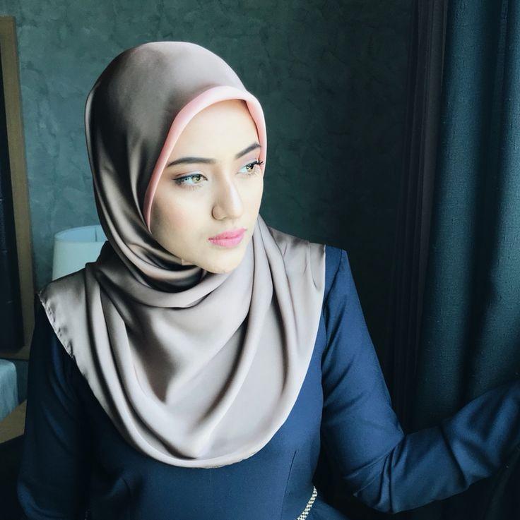 "458 Likes, 6 Comments - Eryneghazali (@eryneghazali) on Instagram: ""Wearing Square Scarf by @sugarscarf  Banyak lagi colour yang cantik tak tipu. Don't forget to use…"""