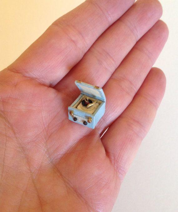 Dollhouse Miniatures Jensen: Best 25+ Record Player Table Ideas On Pinterest