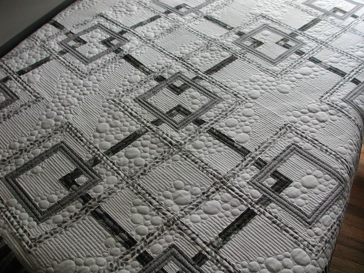 love the monochrome AND the random pebble quilting! http://murdockmanor.blogspot.com/2014/06/a-few-from-may-that-i-can-show.html -