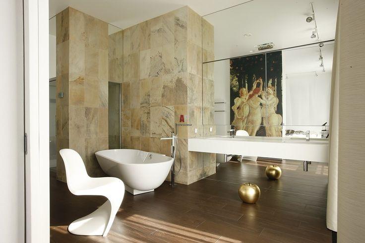 Минимализм в интерьере ванной комнаты. Как Вам?