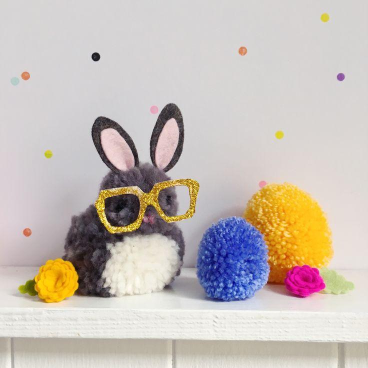 79 best playful pom poms images on pinterest knitting for Pom pom craft patterns
