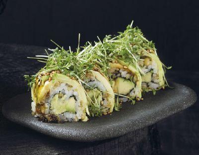 Det er fredag og weekenden står for døren. Prøv vores lækre Avokado Crunch i weekenden  4. stk 59,- 8. stk 98,-  God weekend fra Karma Sushi  www.karmasushi.dk