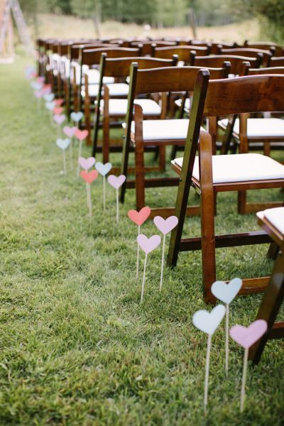 These are the cutest aisle markers!