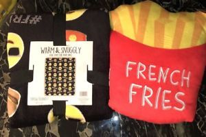Emoji Blanket Friyay French Fry Pillow Nwt Gifts Emoticon Christmas  | eBay