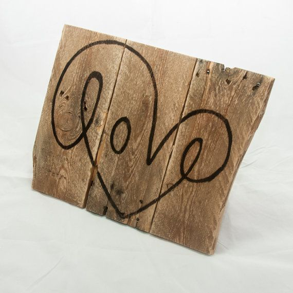Hand painted Love sign, Indoor/Outdoor, on Pallets - :