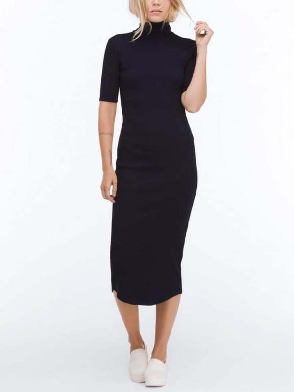 4 Sweater Dress Terbaik untuk Berbagai Tipe Tubuh - http://wp.me/p70qx9-68e