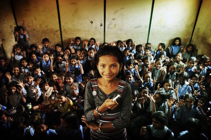 """India - Dewi: """"Ik wil later voor de klas staan. Ik denk dat ik goed orde kan houden."""""""