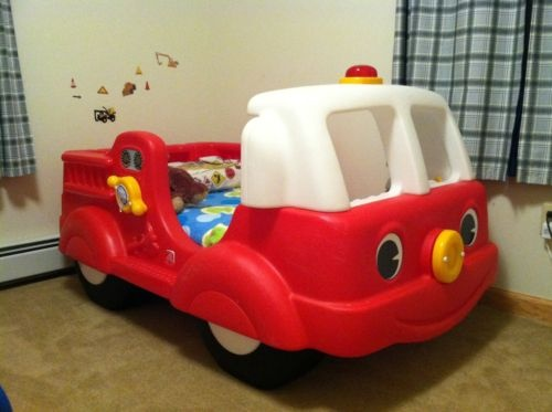 Step 2 fire truck fire engine toddler bed we engine and beds - Ikea fire truck bed ...