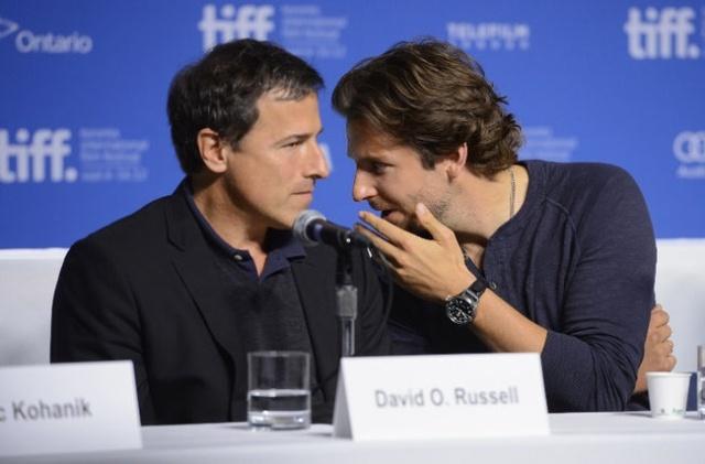 """Cineast: Дэвид О. Расселл снимет Брэдли Купера в """"Американском снайпере"""" и """"Американской чуши"""""""