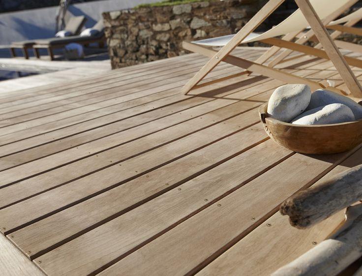 une terrasse en ch ne tr s r sistant jardin pinterest. Black Bedroom Furniture Sets. Home Design Ideas