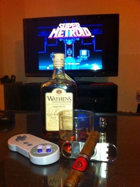 Charuto perfeito, whiskey perfeito, game perfeito. Mulher perfeita não existe, por isso ela deve tá nos meus sonhos só. heh