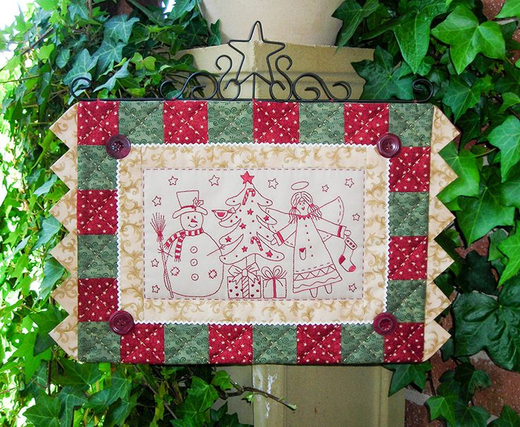 """""""Holly & Jolly"""" by Sally Giblin of The Rivendale Collection. Finished wallhanging size: 18"""" x 12"""" #TheRivendaleCollection stitchery, appliqué and patchwork patterns.  www.therivendalecollection.com.au"""