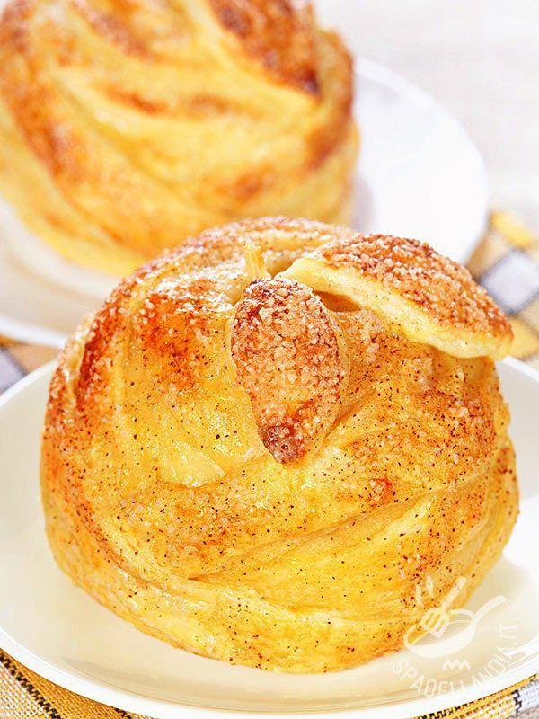 I Dolcetti alla mela proposti dalla nostra cuoca sono delicati e raffinati. Perfetti per la prima colazione ma anche per un brunch mattutino!