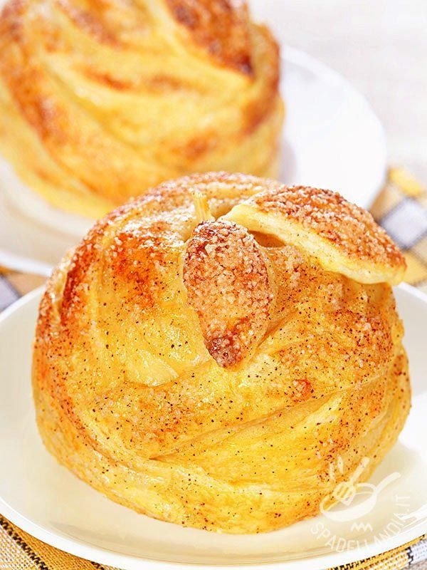I Dolcetti alla mela proposti dalla nostra cuoca sono delicati e raffinati. Perfetti per la prima colazione ma anche per un brunch mattutino! #dolcettiallamela