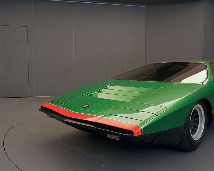 Rare Look at Classic Bertone Concept Cars: 1968 Alfa Romeo Carabo