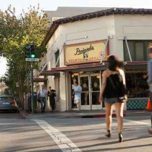 Spending time in Palo Alto, Menlo Park, and Redwood City? Here are the best restaurants in the area.