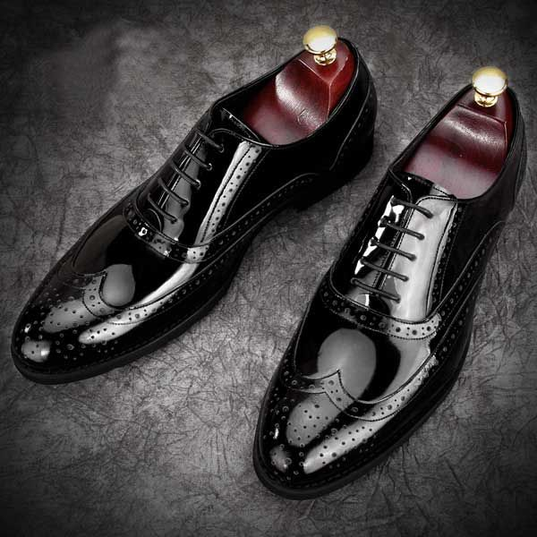 Black Patent Leather Brogues Fashionable Formal Mens Grooms Shoes