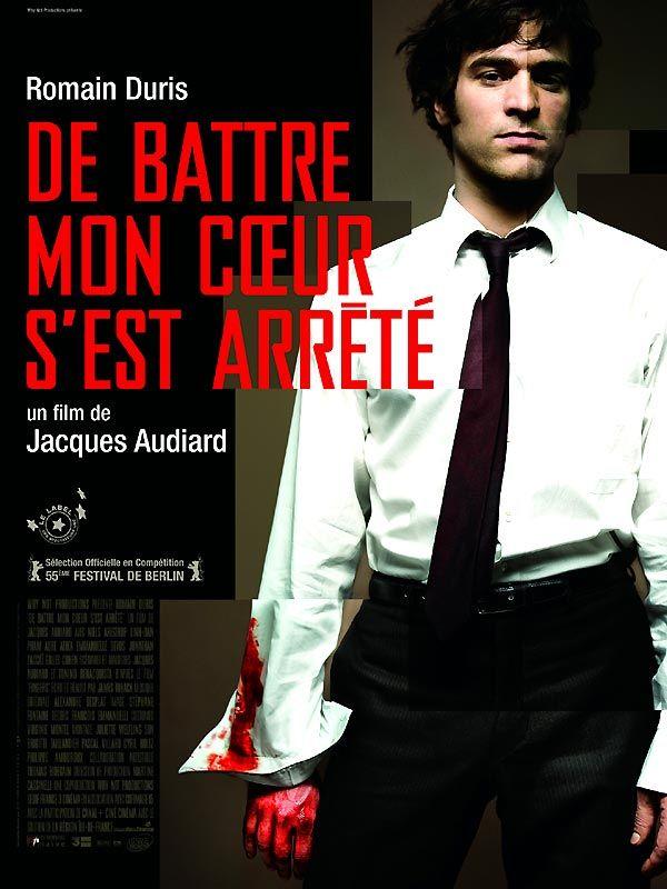 De battre mon coeur s'est arrêté est un film de Jacques Audiard avec Romain Duris, Niels Arestrup. Synopsis : A 28 ans, Tom semble marcher sur les traces de son père dans l'immobilier véreux. Mais une rencontre fortuite le pousse à croire qu'il pourrait être l