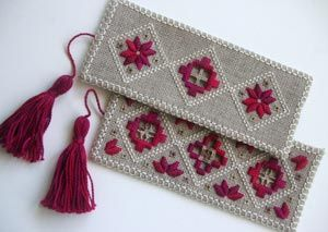 Hardanger bookmarks being taught at Beating Around the Bush