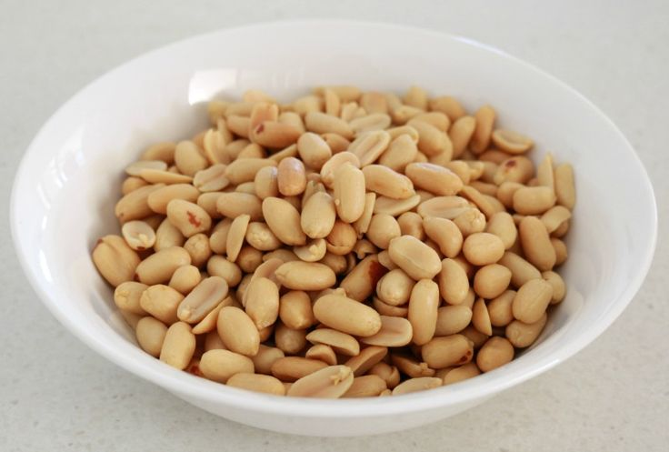 Make Peanut Butter in the Thermomix using only peanuts! That's right... just 1 ingredient!! So easy.