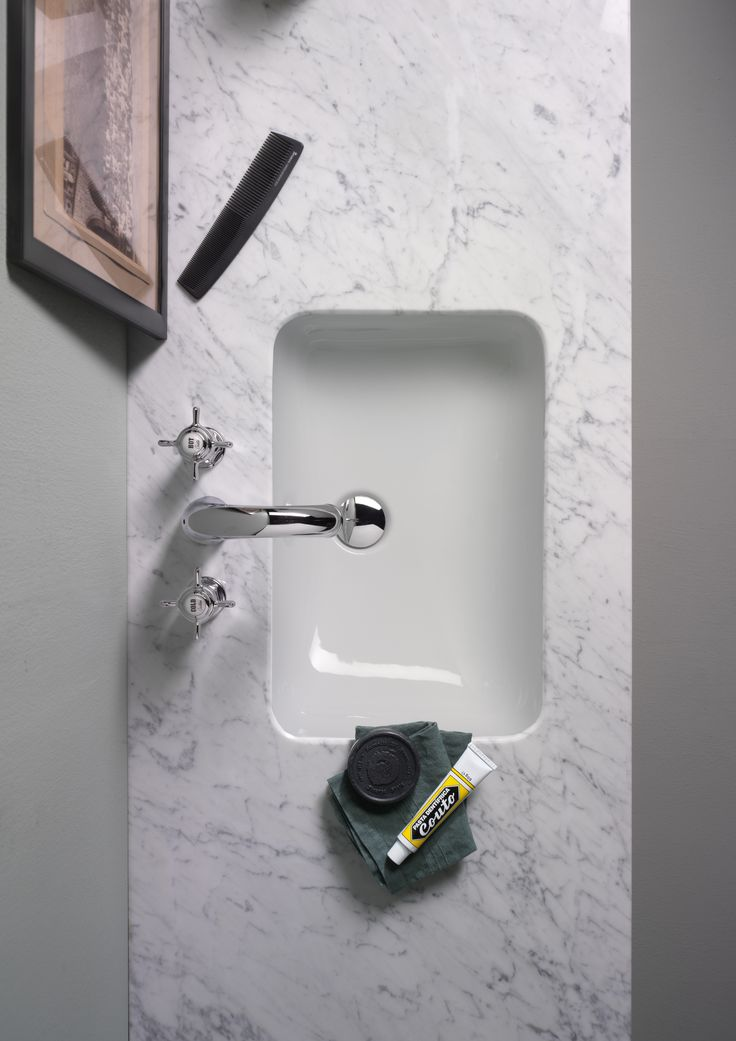 GSI ceramic | The under-counter washbasins can be fitted on a cabinet, a marble or surface of other material and are characterized by their versatility, which lend themselves to the creation of an exclusive bathroom, personalized in line with the classic and elegant style of the collection.  #GSIceramica #BathroomDesign #Washbasins #Sanitaryware