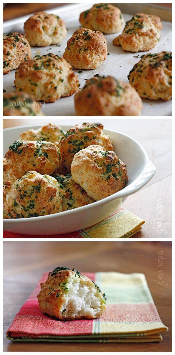 Easy Garlic Cheddar Biscuits