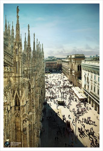 Milano.......La Catedral de Milan... share your #travel experience with us #tripmiller! www.thetripmill.com