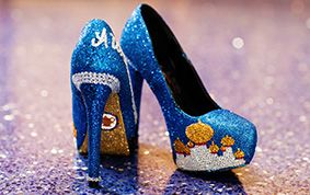 Feel like a stylish princess on your wedding day in these Disney's Aladdin inspired heels